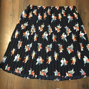 Ava&Viv pleated knee length floral navy blue skirt